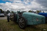 Bugatti hidden plates